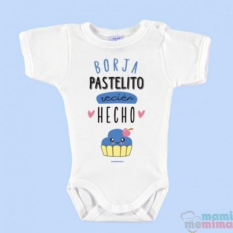 """Body Bebé Personalizado con Nombre Azul """"Pastelito Recién Hecho"""""""