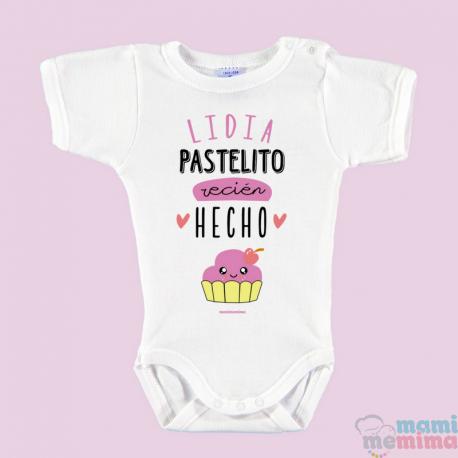 """Body Bebê Personalizado com o Nome Rosa """"Bolo acabado de fazer"""""""